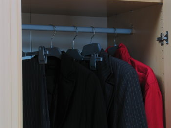 2trg kleiderschrank jack schrank birke dekor neu ebay. Black Bedroom Furniture Sets. Home Design Ideas
